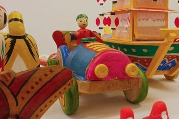 大山こまの木地玩具